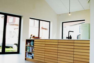 open nok met zichtbare houten spanten
