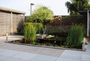 aanleg terras en vijver