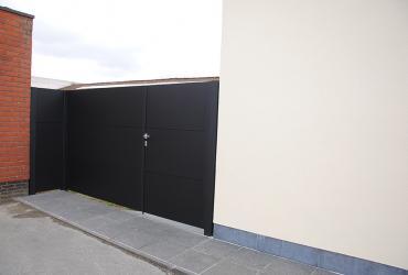zwarte poort aluminium