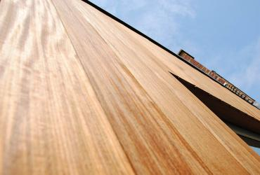 gevelbekleding hout detail
