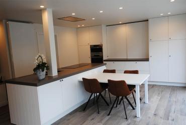 tijdloze keuken wit