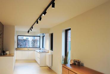 lichtrijke keuken wit