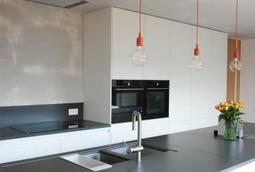 jonge keuken met veel licht