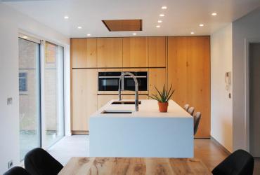 Keuken met trapje